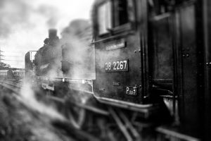 railway-908277_640